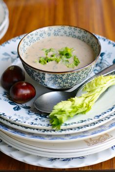 Kastanjesoep van Jonge Sla Soup Recipes, Recipies, Salad Bar, What To Cook, Vegetarian, Yummy Food, Healthy, Tableware, Kitchen