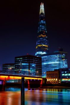 The shard and Southwark. Endless Night, London Tours, The Shard, Places Ive Been, Skyscraper, Multi Story Building, England, Country, Architecture