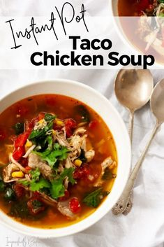 This insanely easy and delicious Instant Pot Taco Chicken Soup is going to be your new favorite busy weeknight dinner. Loaded with flavor AND veggies it's sure to be a household favorite! Dairy Free Tomato Soup, Gluten Free Soup, Chili Recipes, Soup Recipes, Healthy Recipes, Delicious Recipes, Healthy Food, Chicken Taco Soup, Chicken Tacos
