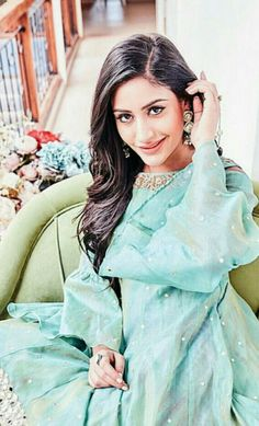 Cute Celebrities, Celebs, Surbhi Chandna, Love Her, Actresses, Shirt Dress, Bridal, Angels, How To Wear