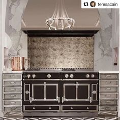 Kitchens and creations of excellence since La Cornue is a French purveyor of luxury kitchen appliances for culinary delight. Buy kitchen ranges here. La Cornue, Stove Hoods, Big Closets, Buy Kitchen, Take Me Home, Made In France, Coastal Style, Kitchen Appliances, Rustic