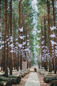 Charming Forest Wedding Ideas / http://www.himisspuff.com/origami-wedding-ideas/2/