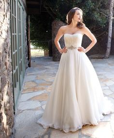 Europe and the United simple wedding dress - exquisite sweetheart applique train wedding dress boho scanning wedding dress party dresses