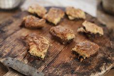 Brownies med hvit og brun sjokolade og kokos Brownies, Desserts, Eat, Food, Brown, Cake Brownies, Tailgate Desserts, Deserts, Essen