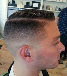 in haircut topics Hot Haircuts, Very Short Haircuts, Tapered Haircut, Fade Haircut, Brylcreem Hairstyles, Hair And Beard Styles, Hair Styles, Master Barber, Tie Shoes