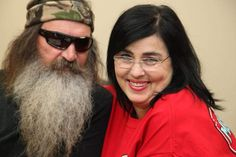 'Duck Dynasty' cast on tap for Macy's parade Duck Dynasty Cast, Duck Dynasty Family, Robertson Family, Phil Robertson, Best Tv Shows, Favorite Tv Shows, Favorite Things, Phil Kay, Miss Kays