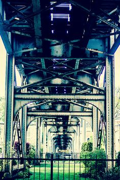 under the el, chicago