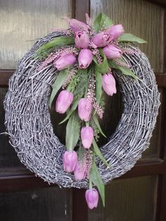 velký jarní věnec Easter Flower Arrangements, Easter Flowers, Floral Arrangements, Spring Door Wreaths, Easter Wreaths, Summer Wreath, Deco Floral, Arte Floral, Wreath Crafts