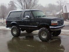 "Dream car! 90's Bronco with 4"" lift kit!"