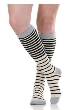 7aeeb8d702 Vim & Vigr 15-20 mmHg Women's Stylish Compression Socks - Nylon in  Falling