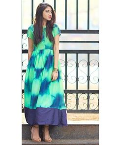 Shop Green tie and dye dress Simple Kurta Designs, Kurta Designs Women, Blouse Designs, Dress Designs, Western Dresses, Indian Dresses, Indian Outfits, Cotton Long Dress, Cotton Dresses