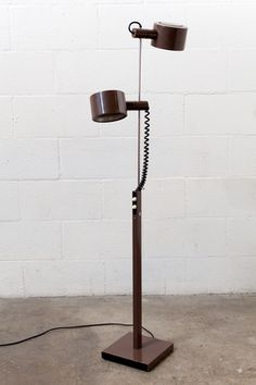 COLoMBO STYLE DOUBLE HEADED 70'S FLOOR LAMP