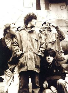 Love how the stone roses are from Manchester, me toooo Rock Indé, Rock N Roll, Indie Music, Music Icon, Music Is Life, My Music, Stone Roses, Band Photography, Britpop