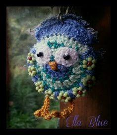 "Crochet owl keyring ""Bennie Blue"""