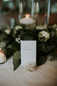 Modern wedding table number | Image by Lauren Louise Photography