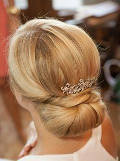 formal hair, bridal hair, updo, upstyle, bun, chignon