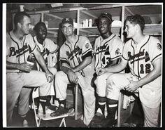 "Milwaukee Braves (L-R): Eddie Matthews, Hank Aaron, Bob Buhl, Wes Covington and Bob ""Hurricane"" Hazle, circa Baseball Park, Braves Baseball, Baseball Photos, Baseball Players, New York Teams, Braves Game, Mlb Uniforms, Hank Aaron, Wisconsin"
