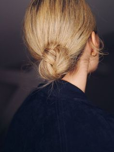 Blonde bun minimalist simple hair