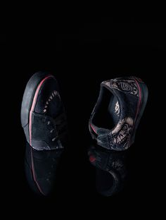 Sneakers editorial.  Vans Av Skate Low Dennis Mcnett. UNO#38