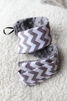 Customizable Stethoscope Cover (Chevron in Grey) - Nurses, doctors, students, padded, medical assistant. $17.50, via Etsy.