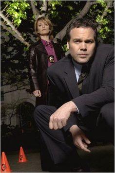 Kathryn Erbe & Vincent D'Onofrio (Law & Order:                                  Criminal intent)