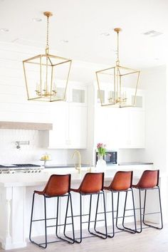 Marbles, White kitchens and Kitchens