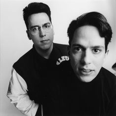 They Might Be Giants, c. 1990 (Photo by Chris Cuffaro) Band Photos, Music Humor, Rock Music, Singer, Let It Be, Celebrities, People, Musicians, Bee