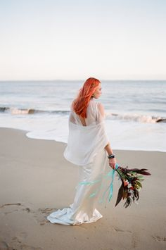 Today we have a shoot to inspire the bohemian bride that isn't afraid of a bit of color! We love the way photographer Eulanda Shead blended the chic simplicity of with bold styling and. Hippie Bohemian, Boho, Bohemian Bride, The Chic, Bridal Style, White Dress, Bordeaux France, Wedding Dresses, Ibiza