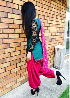55 Ideas For Party Look Fashion Heels Patiala Dress, Punjabi Dress, Patiala Salwar, Punjabi Suits, Anarkali, Lehenga, Salwar Suits, Punjabi Fashion, India Fashion