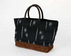Bag with Kasuri fabric.