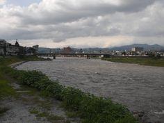 7月7日曇り時々晴れ 蒸し暑い日でした。熱中症になるくらい 宮崎は梅雨明けしたみたいです。