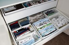 Baby nursery organisation and storage ideas. Baby Bedroom, Baby Boy Rooms, Baby Boy Nurseries, Modern Nurseries, Room Baby, Child Room, Kids Room, Nursery Organisation, Dresser Organization