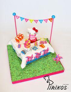 Hello Kitty Party Cake  by: https://www.facebook.com/Pirikos