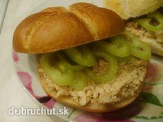 Tuniaková nátierka Salmon Burgers, Bagel, Hamburger, Recipies, Bread, Chicken, Cooking, Fit, Ethnic Recipes
