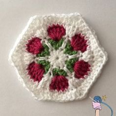 Crochet Flower Garden HexagonThe crochet flower garden hexagon was a last minute idea. I wanted to make something like my rose bud flower hexagon but I wanted it to be flat and solid.I started with my original flower bud hexagon pattern trying to work it flat, I worked up a hexagon with ...
