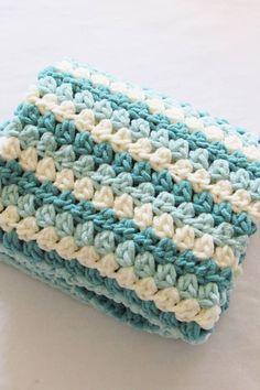 6 Hour Chunky Crochet Blanket 6 Hour Chunky Crochet Blanket <br> Try this mock crochet granny stripe blanket with Bernat Blanket yarn. It will make a perfect gift for a baby boy or girl. Granny Stripe Blanket, Blanket Yarn, Chunky Blanket, Blanket Ladder, Chunky Crochet Blankets, Square Blanket, Easy Baby Blanket, Bernat Chunky Yarn, Crocheted Baby Blankets
