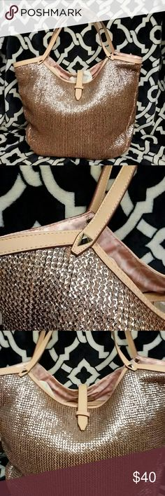 Stella & Dot Large Tote - Excellent Condition Very pretty Stella & Dot tote, excellent condition. Stella & Dot Bags Totes