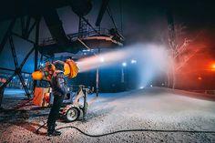 Už se to chystá... #dolnioblast #dolnioblastvitkovice #dov #industrial #heritage #blastfurnace #colours #colors #colorful #snow #preparation #competition #crosscountry #alone #snowman #instagram #instagood #instadaily #vsco #500px #explore #from #ostrava #ostravacity #by #janjasiok