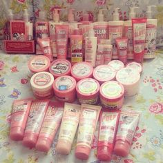 Lovee soap and glory! Everything smells sooo good ♡