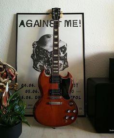Gibson Sg, Gibson Les Paul, Types Of Guitar, Gibson Guitars, Epiphone, Music Stuff, Bass, Random, Guitars