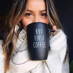 45 Cute Selfie Poses for Girls to Look Super Awesome - Office Salt Sexy Coffee, Coffee Girl, Coffee Love, Tumblr Fotos Instagram, Instagram Pose, Winter Photography, Digital Photography, Photography Poses, Selfie Photography Ideas