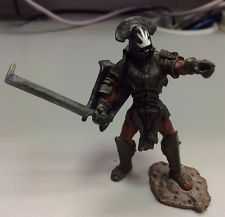 VERY RARE Uruk-Hai Captain The Lord Of The Rings Play Along Action Figure