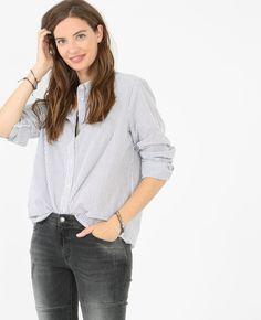 Chemise popeline rayée - La célèbre chemise rayée se pare de rouge pour notre…