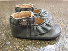 Soft Sole Ruffled Mary Janes in Slate Gray Leather.