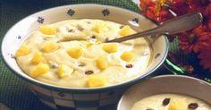 Fløyelsgrøt med frukt:  75 g meierismør  2 ½ dl hvetemel  1 l helmelk  1 dl rosiner  4 ss frisk ananas  1 ts salt
