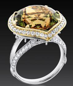 Wow! Gorgeous Zultanite gemstone and diamond ring, 18K White and Yellow Gold by Zultanite.org