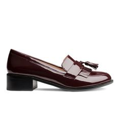 These patent loafers from H&M are just $49.95 and also work very well with the rest of the look