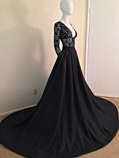 Everyone wanna be outstanding in their prom, but how to do that? This black long sleeve lace prom dress will help you, do you love it? www.27dress.com
