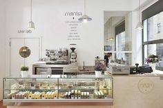 Mantra is the first raw vegan restaurant in Italy. Mantra Restaurant Branding and Interior by Supercake, Milan – Italy