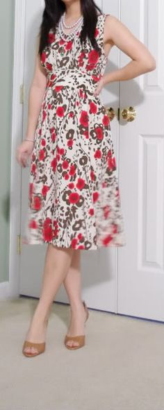 SewPetiteGal: Mad Men Inspired DIY Dress  I'm going to need for you to sew me this dress when you break out your sewing a machine @Brandy Metot